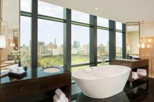 bkkxr-royal-bathroom-6159-hor-clsc