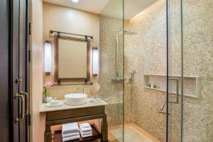 pyxlc-deluxe-bathroom-5510-hor-clsc