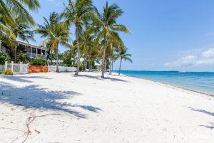 sunhaven-four-bedroom-cottage-3v1